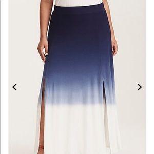 Torrid skirt size 1 NWT